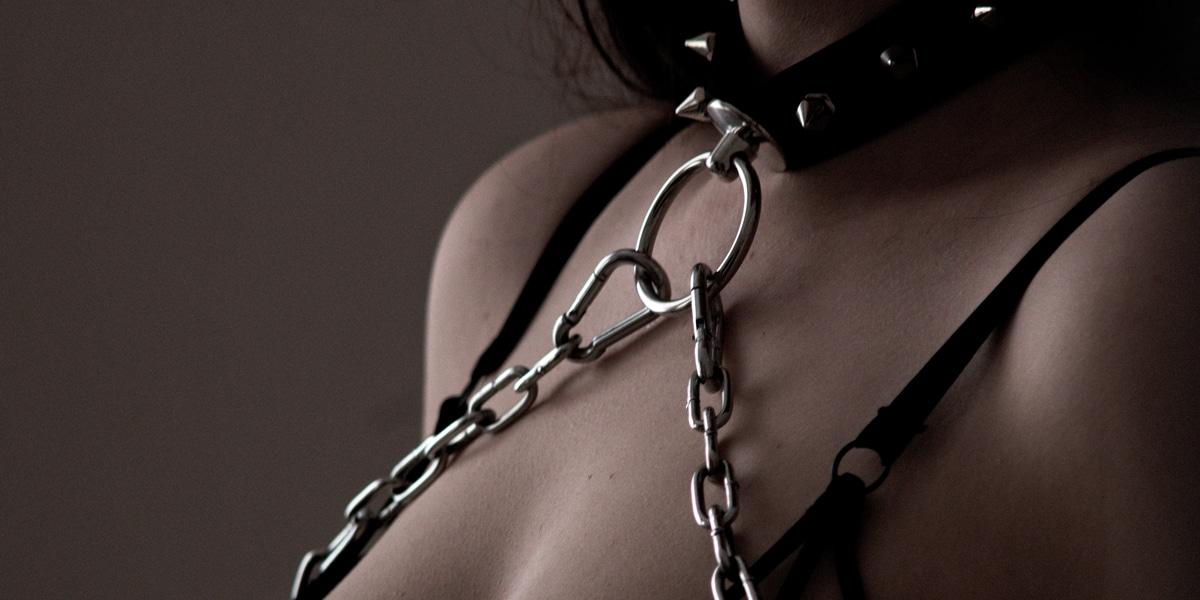 sex collar chain